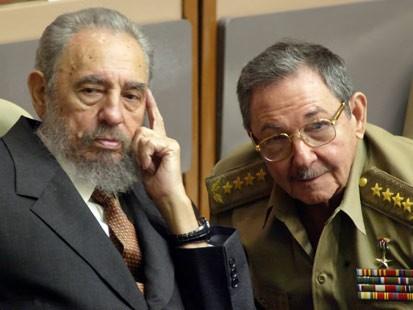 Fidel-and-Raul-Castro
