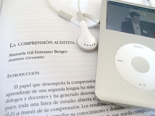 318907_Leyendo-sobre-comprension-auditiva-2-cc-acstrillejo-Flickr